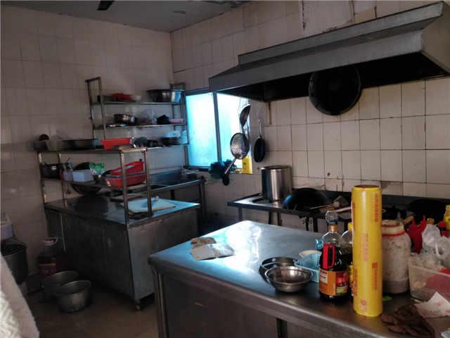 下李朗农家菜馆整体转让 厨具家具俱全