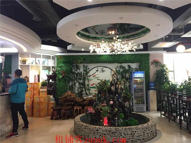 金阳新区金源购物中心旁旺铺转让