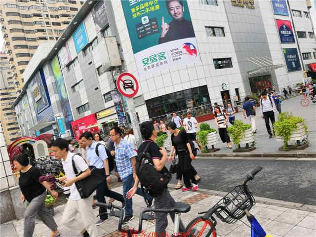 大木桥路沿街一层旺铺招租业态不限可百货,可零售