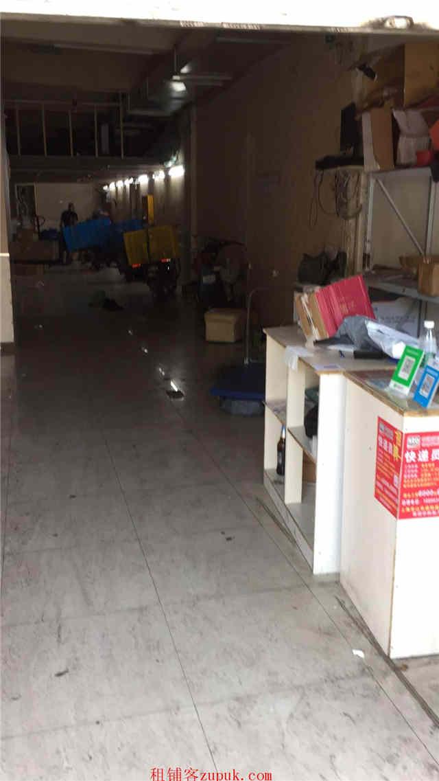 虹口区130平商铺带证出租适合多种行业