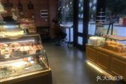 天河北黄金商圈盈利烘焙面包店转让面谈或者电话
