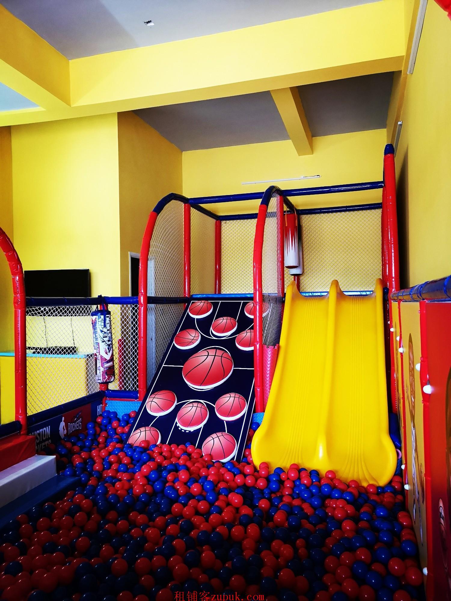 河西高档小区幼儿园旁51㎡儿童乐园0转让费整转