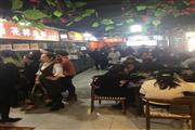南京东路沿街一层旺铺招租,除明火油烟类,业态不限