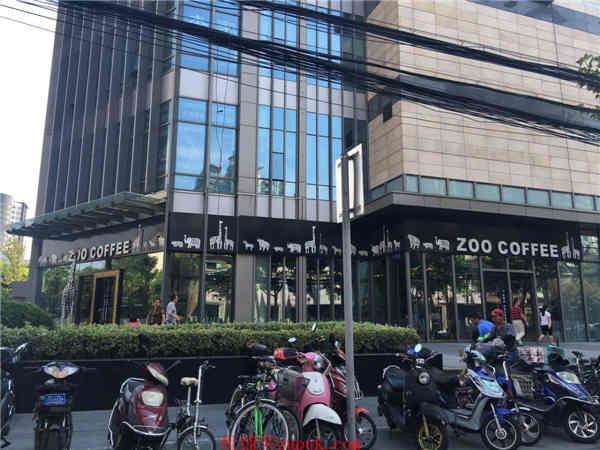 长宁凌空SOHO沿街一楼重餐饮旺铺无进场费无转让费