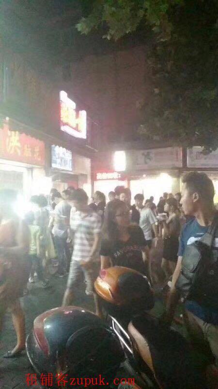 浦东沿街旺铺 潍坊核心商圈 临近地铁 大房东直租