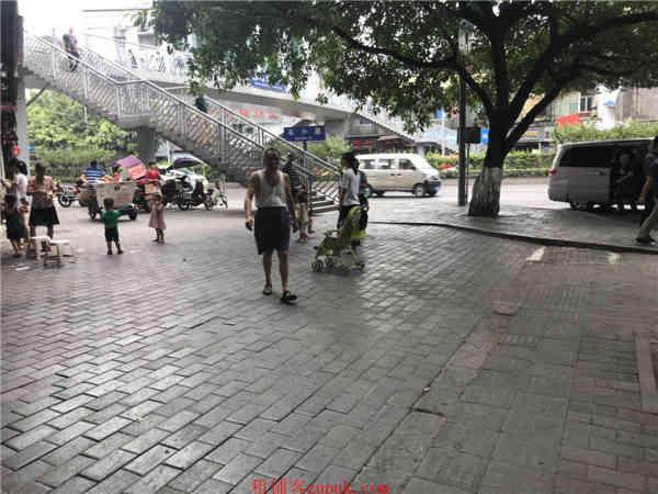 九龙坡白马凼车站旁旅馆转让
