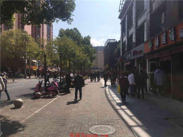 上海火车站沿街门面 重餐饮执照 办公集中客流火爆