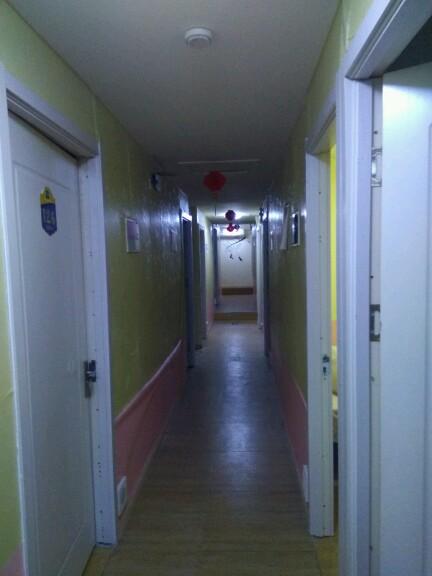 台东临街门头1100平米出租半地下原经营公寓