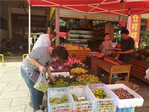 农贸市场门口水果店转让