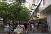 闵行凤溪商圈沿街精装修旺铺 临近地铁 客流稳定