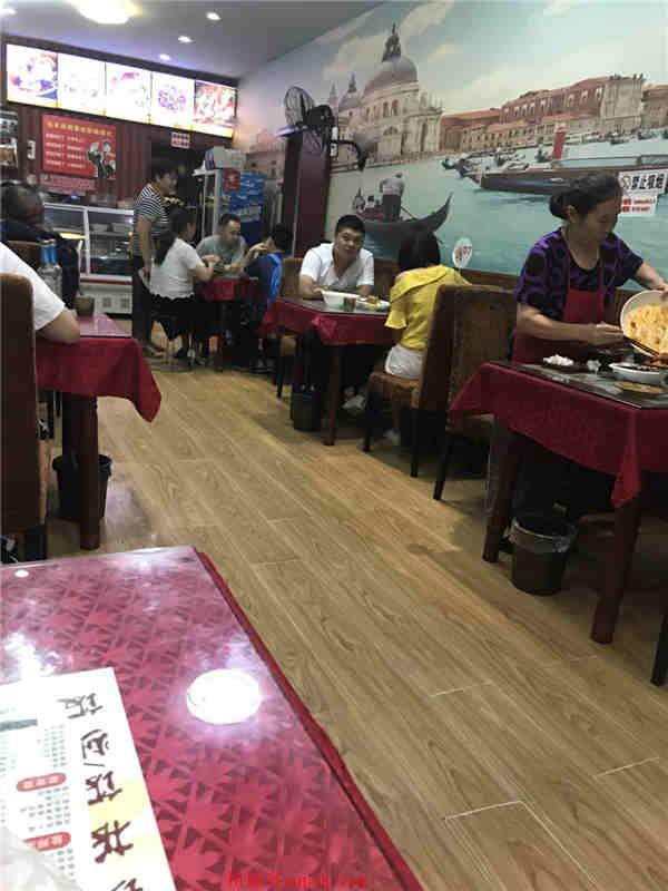 武侯区 外双楠盈利2年多中餐店因事情转让了!低价!