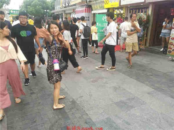 杨浦长阳路沿街旺铺 临近地铁 人流量密集消费力强