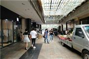 温江区 地铁出口+两学校周边 盈利外摆奶茶店转让