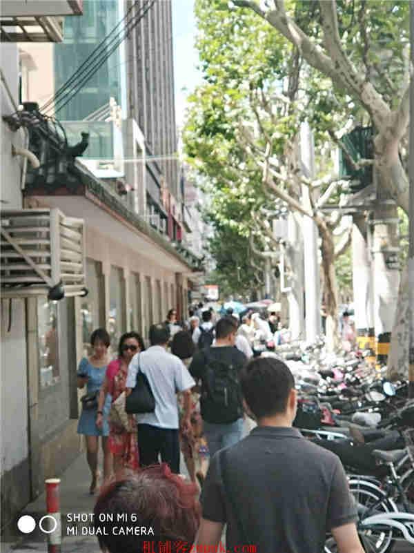 金山张堰镇沿街一楼十字路口旺铺 执照齐全 消费力强