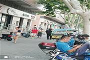 长宁新华路沿街一楼精装修餐饮旺铺 执照齐全客流稳定