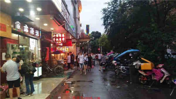 虹口中山北一路广中路沿街十字路口精装修餐饮旺铺