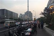 南京东路步行街沿街门面 除油烟明火行业不限 客流火