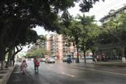 成华区 十字路口处+学校 盈利甜品店转让