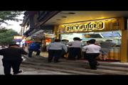 静安玉佛寺沿街十字路口精装修餐饮旺铺 人流量超大