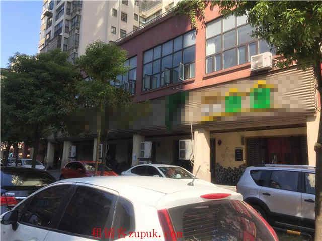 众多成熟小区临街500㎡餐饮店转让(停车方便)