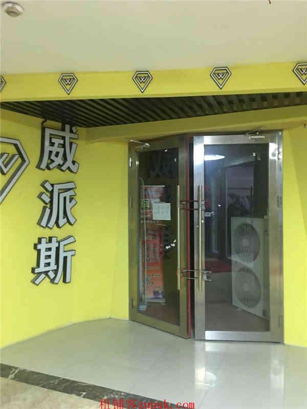 宝安西乡酒店二楼临街铺面出租