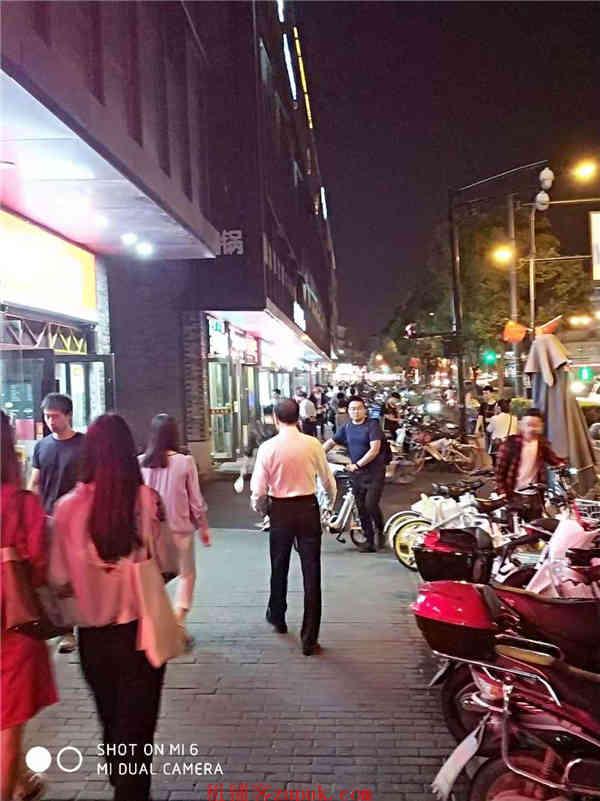 江干区核心地段十字路口沿街旺铺重餐饮执照人流不断