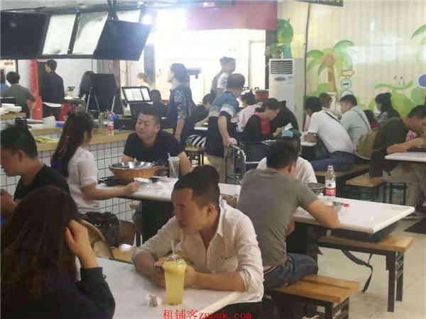上城区龙翔桥地铁口沿街十字路口美食档口 旺铺出租