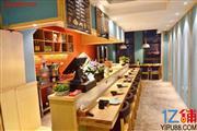 渝中区龙湖时代80平米特色餐馆急转