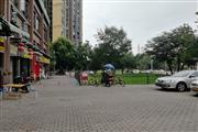 温江 万人小区环绕+家带店 盈利餐饮转让可外摆