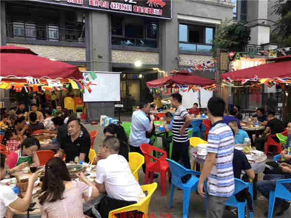 南滨路商业街特色餐饮低价转让