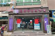 惠州某十字路口,天桥出入口处,便利店无竞争
