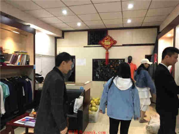 锦江区 56㎡ 盈利社区门店 因事转让了无行业限制