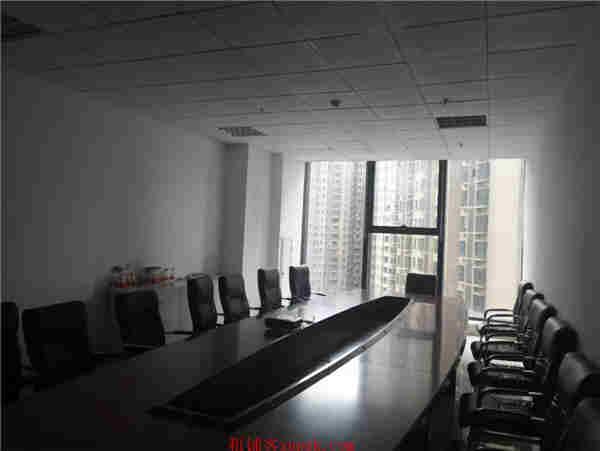 花果园1500平办公楼出租