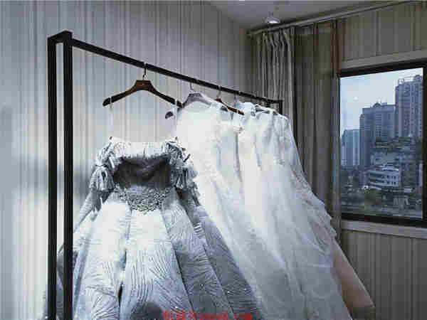 小十字中山大厦盈利婚纱礼服工作室急转
