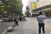 临沂新村地铁口购物广场 客流量集中 适合小吃类