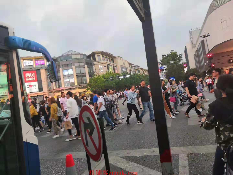 上城区延安路学士路路口沿街精装修餐饮旺铺 人流超大