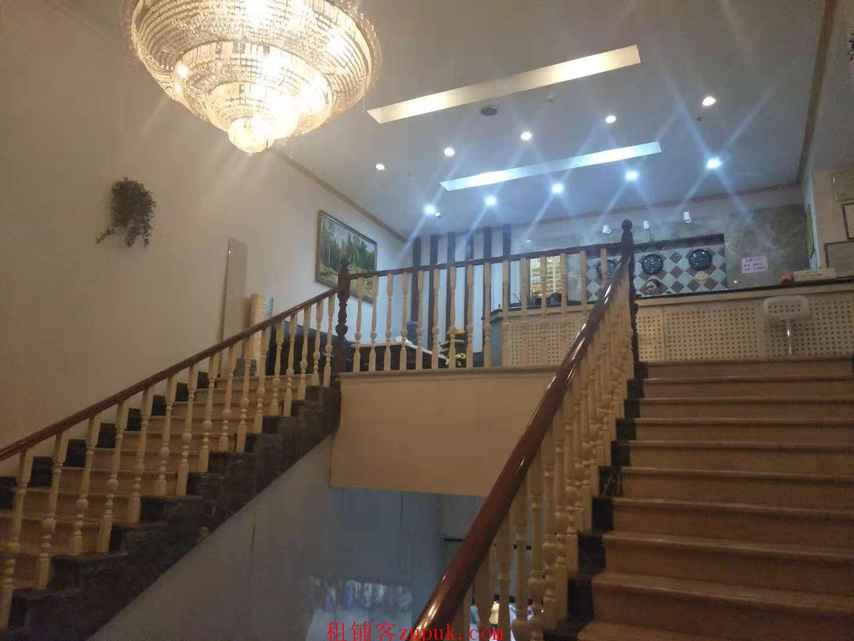 谢家湾正街中学旁全新配套营业中宾馆