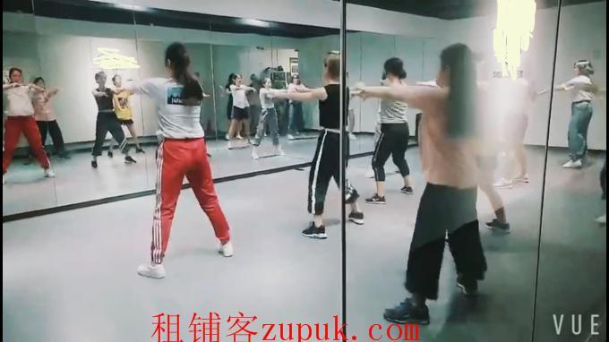 地铁附近人气旺舞蹈培训机构转让