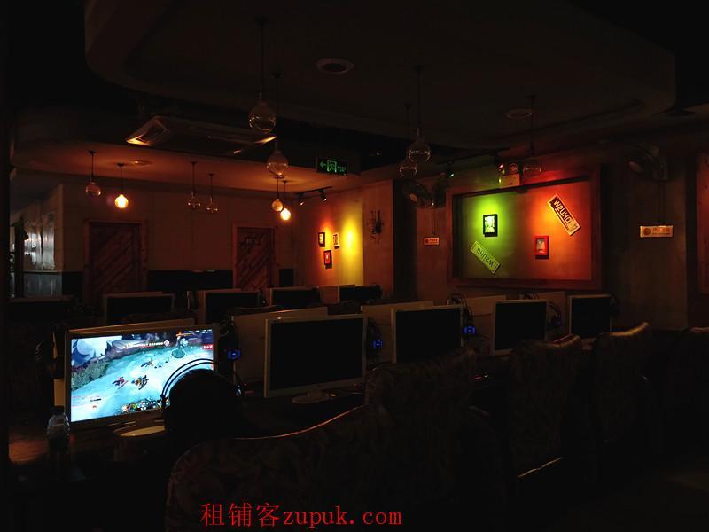 小河区珠江路430平盈利网吧.网咖生意转让