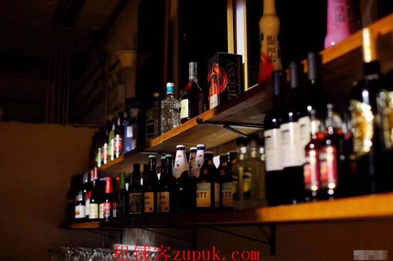 花果园兰花广场盈利高端酒吧转让