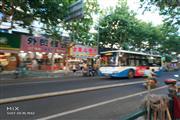 浦东公利医院对面,十字路口5米展示面,沿街可餐饮等