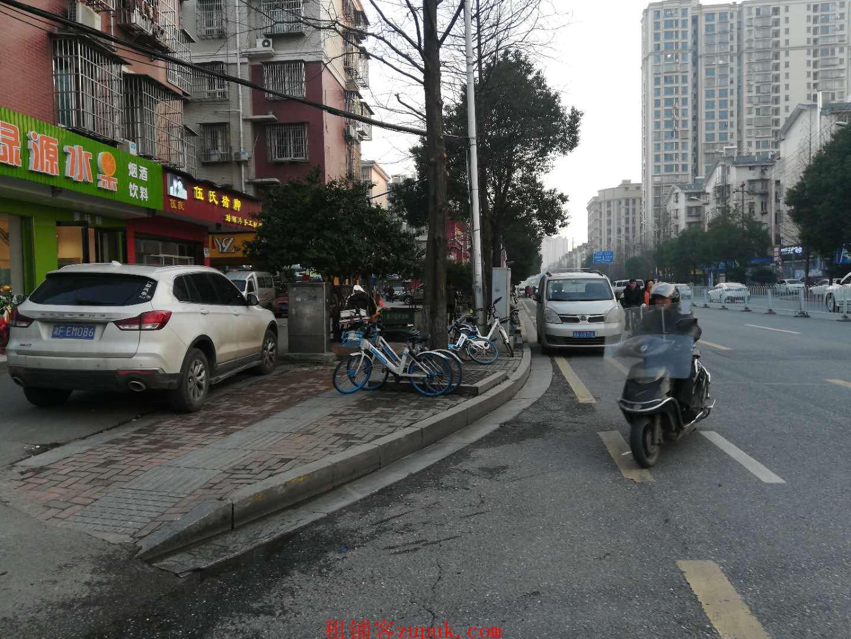 大型成熟小区临街40㎡水果店优价急转