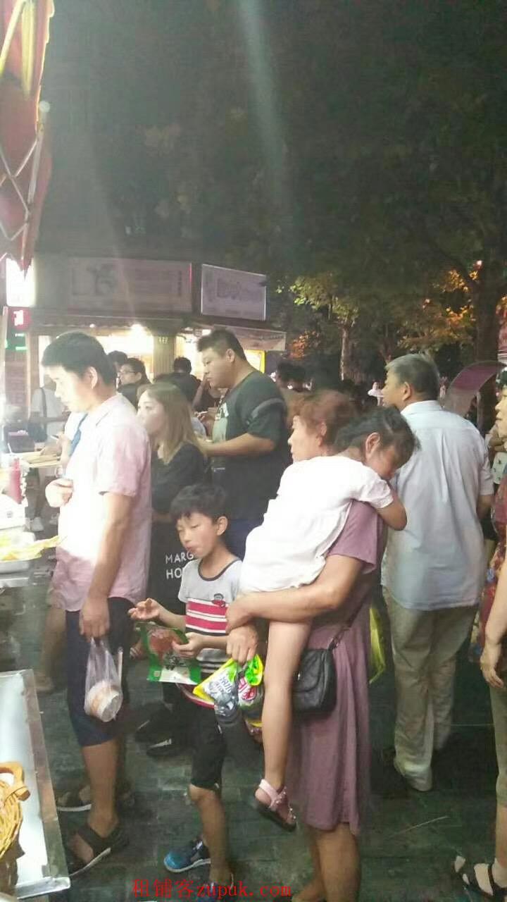 浦东八佰伴张杨路沿街小吃早餐店,白领多人流大执照齐