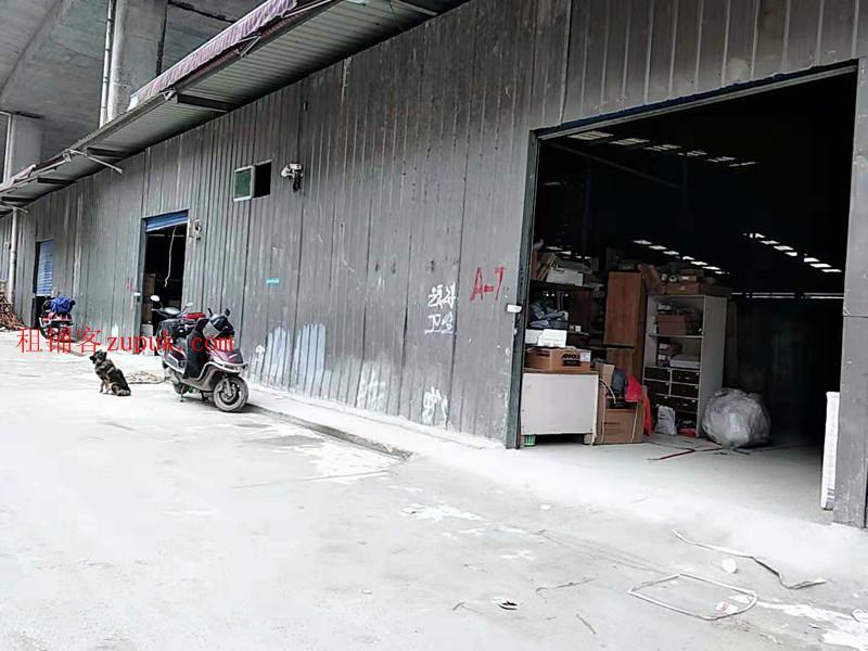 金阳世纪城小湾河大桥大型仓库出租