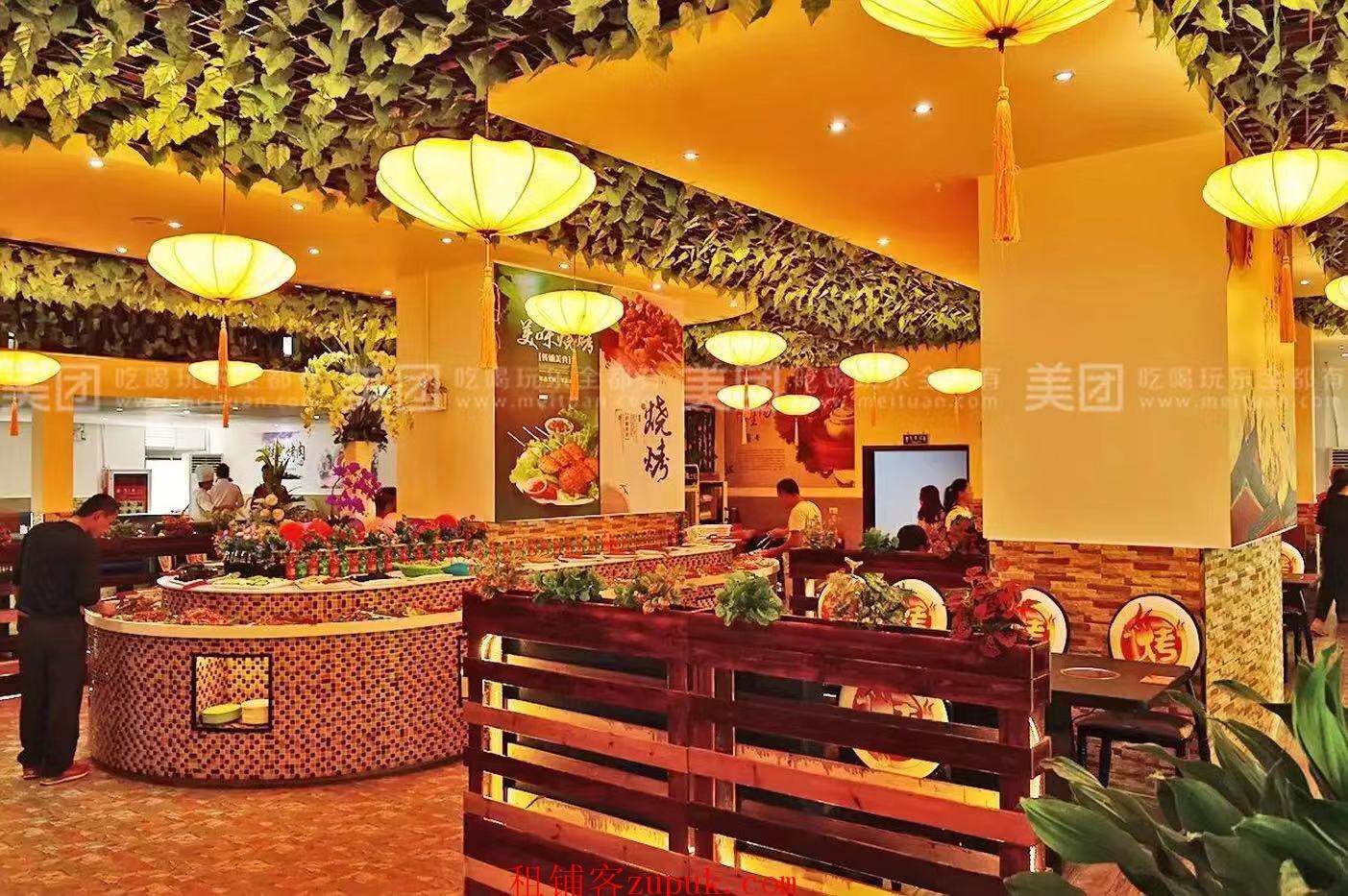 花果园购物中心旁盈利餐厅转让