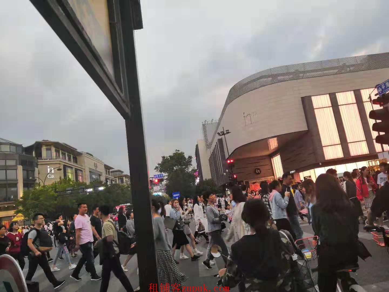 下城区武林核心成熟商圈沿街30平小吃旺铺 客流稳定