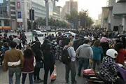 南京西路商场一楼旺铺火爆招租