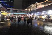 临街旺铺转让 商业街夜市区 热闹