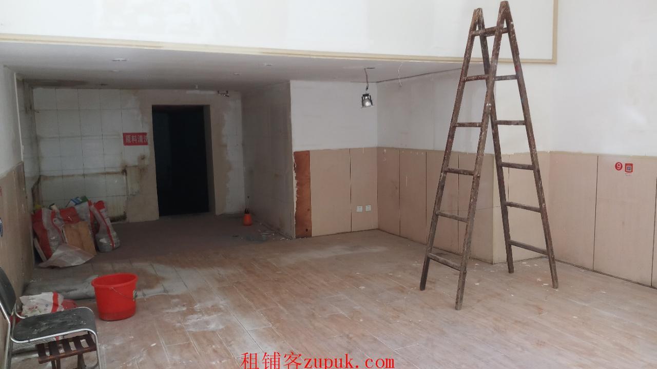 市南区天津路临街门头(靠近劈柴院美食街)