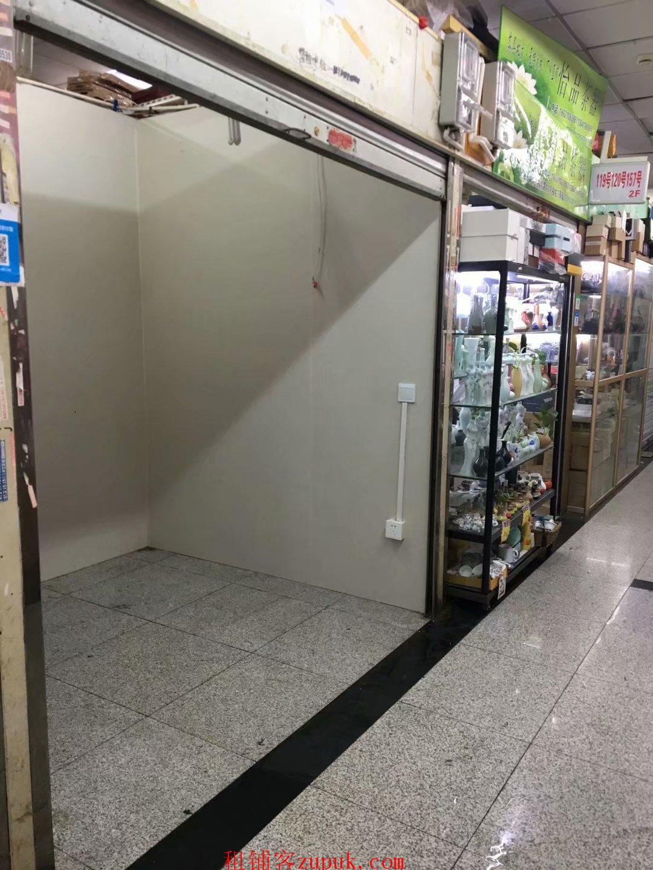 城隍庙福佑门商厦2楼6平米商铺出租1000元/月